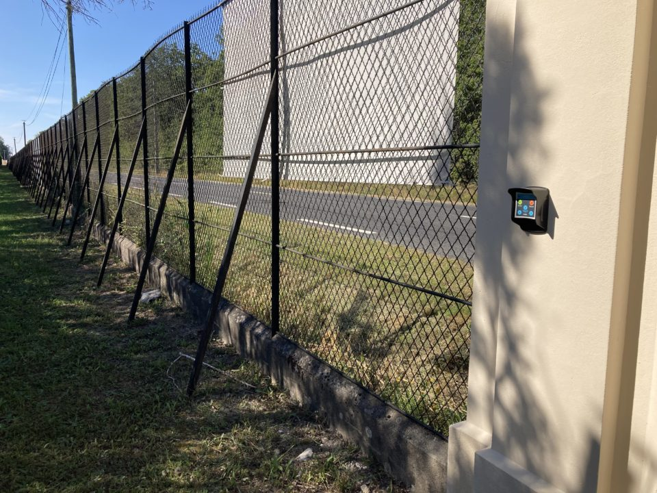 bornes connectées pour la sécurité et le gardiennage